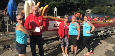 Torpoint Rowers Club Take Ownership Of First Wooden Gig